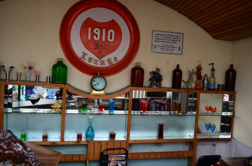 Hotel Central Heritage Darjeeling, Bar serving since 1910.
