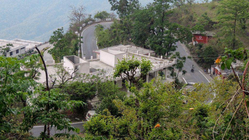 काठगोदाम से भीमताल का पहाड़ी मार्ग