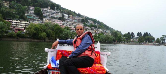 नैनीताल – नैनी झील में बोटिंग