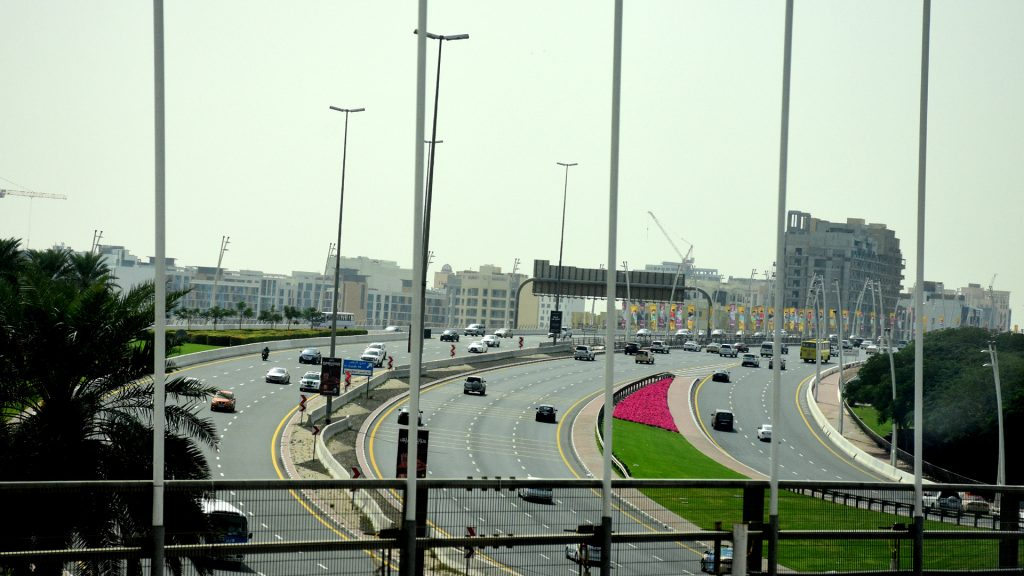 Vehicular traffic in Dubai