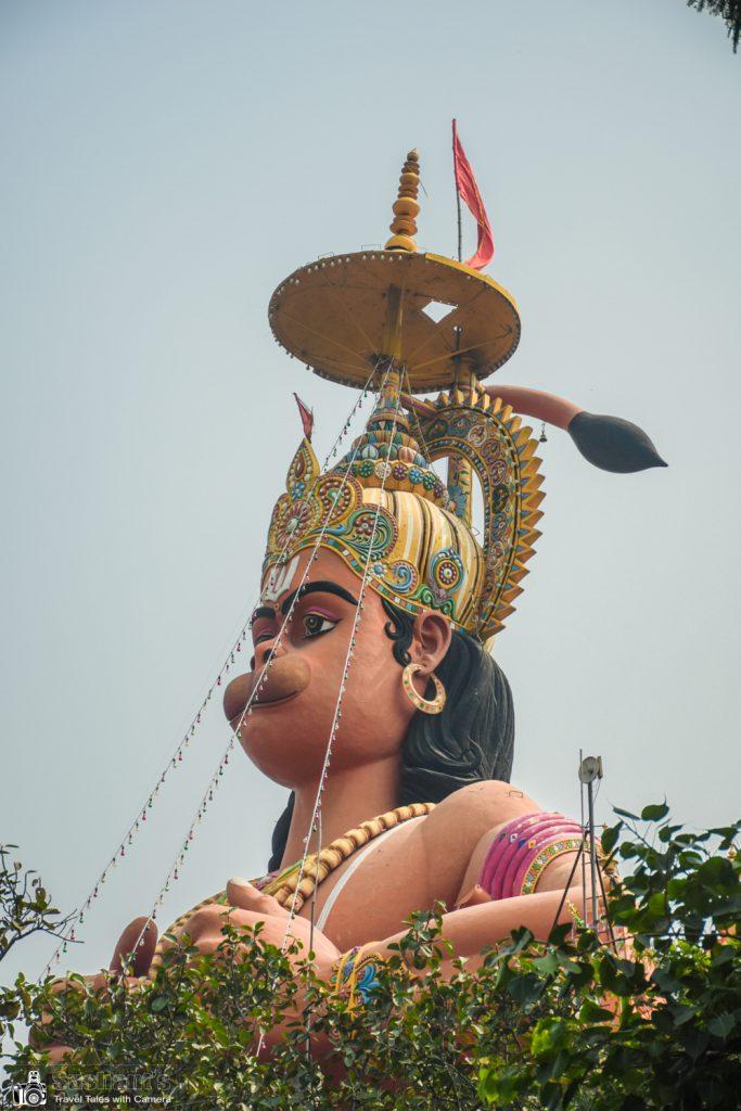 108 फ़ुट ऊंची श्री संकटमोचन हनुमान जी की मूर्ति का क्लोज़ अप !