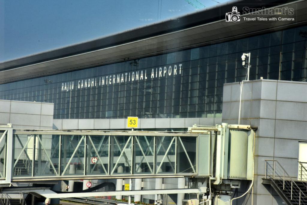 न जाने क्या सोच कर हैदराबाद इंटरनेशनल एयरपोर्ट का नाम राजीव गांधी के नाम पर रख दिया गया है।