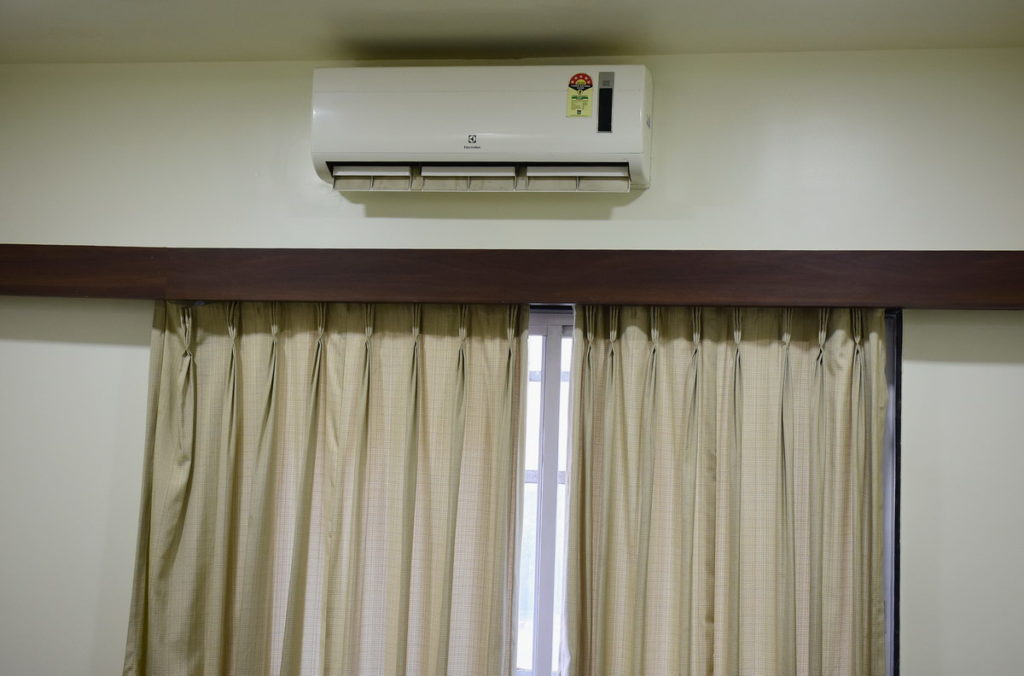 Effective air-conditioning was provided in the hotel room at Global Inn.  However, it was January 2020 and we hardly needed it.
