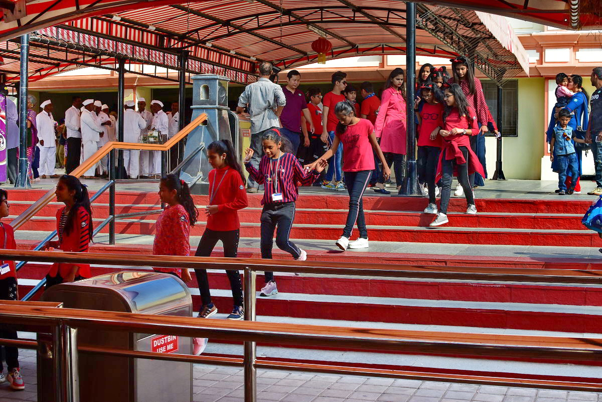 When you visit Ramoji Film City in large groups, it adds to the fun.