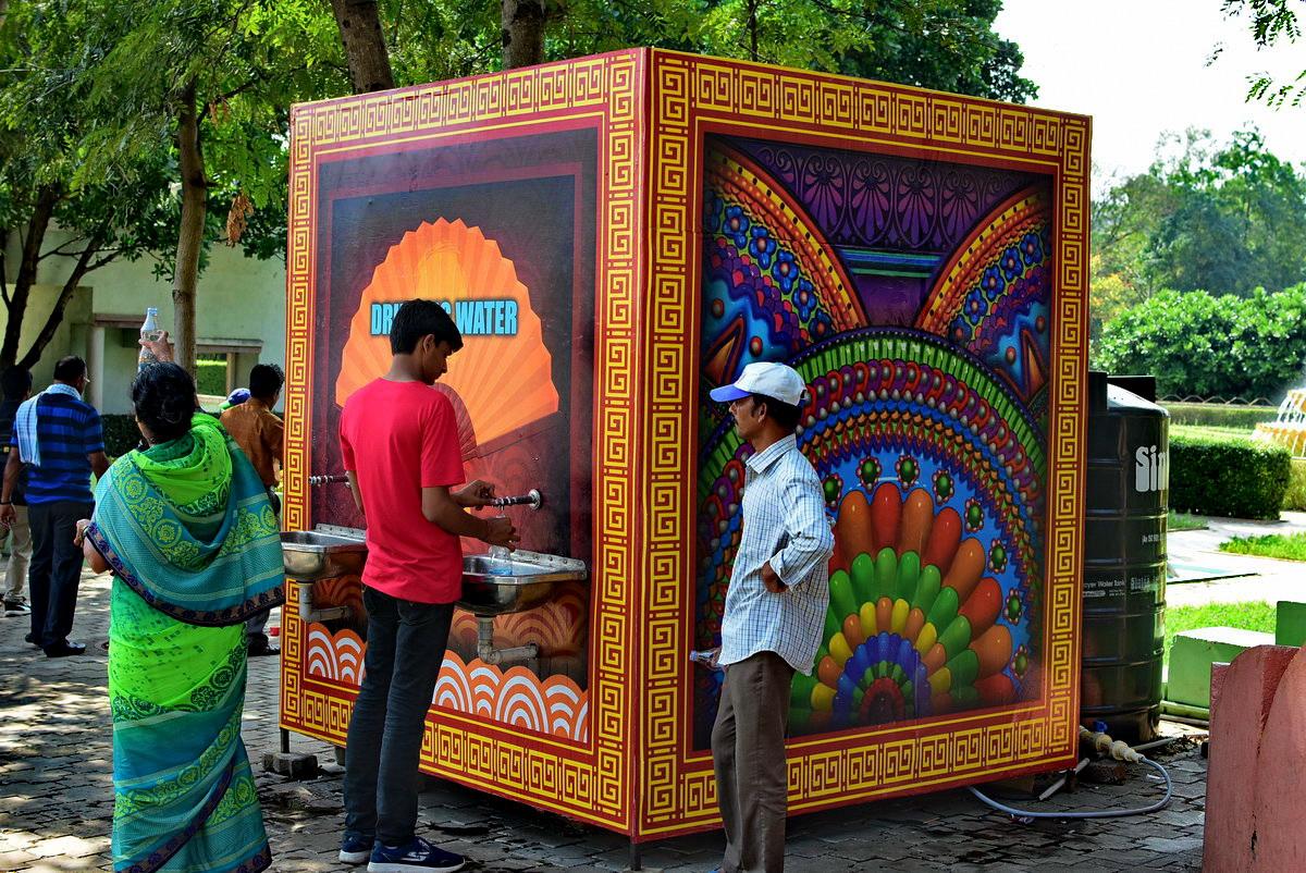 Ramoji Film City: Beautiful drinking water dispensing unit