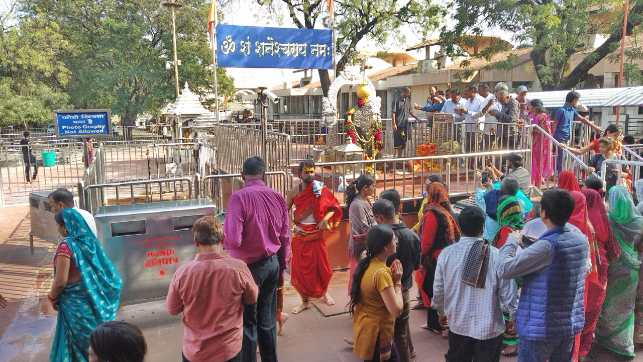 हमारी महाराष्ट्र यात्रा – शनि शिंगणापुर