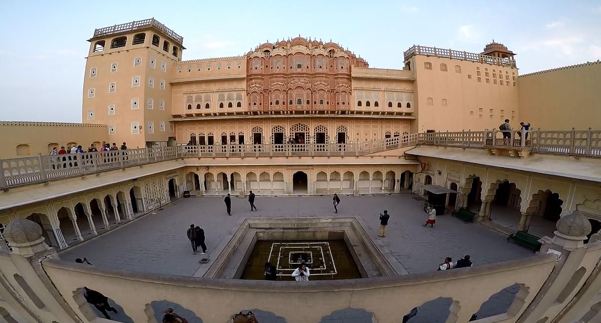 जयपुर भ्रमण: हवा महल