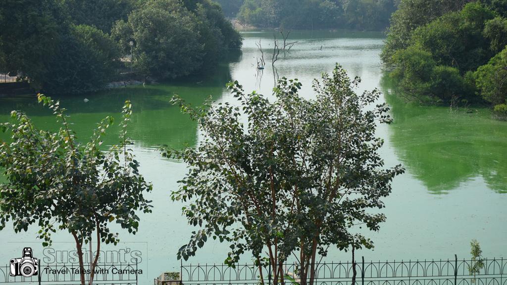हौजखास परिसर दिल्ली